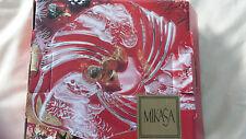 "Mikasa 'Christmas Medley"" Bon Bon 9"" plate"
