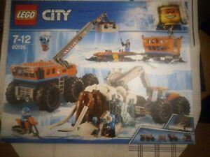 LEGO CITY N: 60195 ( base arctique ) NEUF