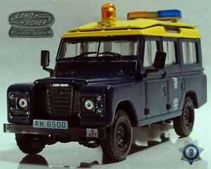Set of 2 Collectible Cars Land Rover & GAZ-69 1/43 Scale Collectible Models
