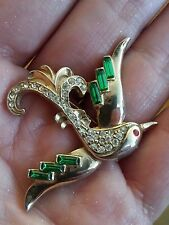 VINTAGE CHRISTMAS DOVE BIRD BROOCH GREEN CLEAR RHINESTONE GOLD TONE ANTIQUE PIN
