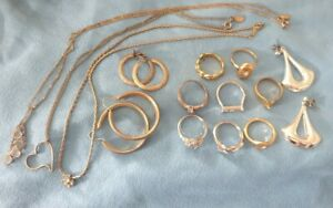 Vintage Jewellery Job lot old Costume Gold Silver NECKLACES EARINGS Rings 25year