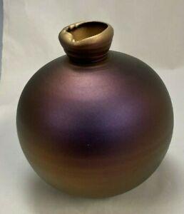 "Signed Studio Glass Round Iridescent Hand Blown Vase 6.25"" Tx 6"" W"