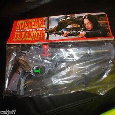Rare Sukiyaki Western Django Plastic Toy Squirt Gun Comic-Con Purchase unopened