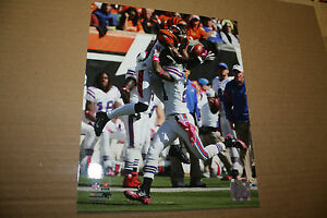 BENGALS AJ GREEN UNSIGNED 8X10 PHOTO POSE 1