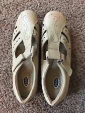 Dr. Scholl's Size 8 Cream Shoes With Strap