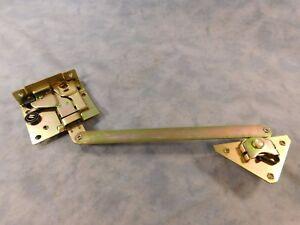 DODGE M37 LEFT DOOR LATCH 2540-00-737-4788