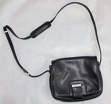 BREE Damentaschen aus Leder mit Außentasche (n)