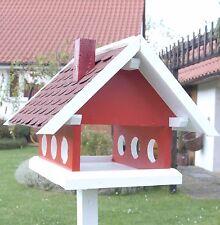 Vogelhaus Futterhaus aus der Landhaus Serie in rot weiß und Bitumen Schindeldach
