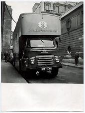 Photo Raoul Saguet - Tournage TV - Car anglais ATV pour CBS - Tirage 1959 -