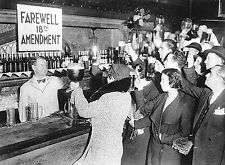 "Speakeasy Bar 1920s Prohibition Alcohol Ban 18th Amendment - 17""x22"" Print-00204"