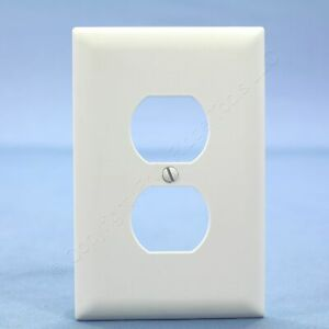 PS White Trademaster® Jumbo Unbreakable Receptacle Wallplate Outlet Cover TPJ8-W