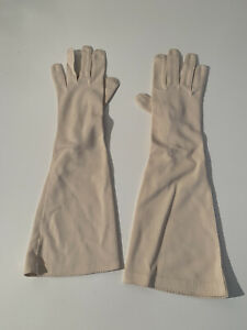Vintage Women's Angora (?) Gloves Cream Ivory Knit Wrist Length Size 7