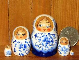 Russian Nesting dolls 5 hand painted tiny White & Dark BLUE Matryoshka MINIATURE