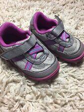 Stride Rite 5 M AIDA Silver Purple Sneaker Surprize