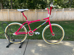 Dyno Pro Compe 24 Dayglo Pink