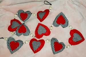Valentines Black White Buffalo Check and red felt,wood beads heart garland