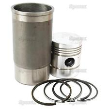 Case Piston/Ring/Liner Kit for BD154  374 384 414 434 444