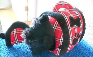 """New Animal Alley Scottish Terrier Plush Dog Puppy in Carrier 5"""" Wide 3"""" Tall Toy"""