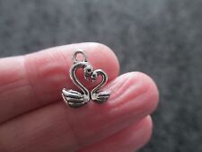 Pack of 10 Tibetan Silver 3D Love Swan Heart Pendant Charm 15mm x 13mm