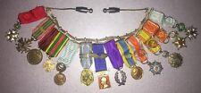 Lot De 13 Médailles Militaires En Réduction Sur Chaînette