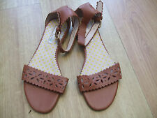 BODEN  LEATHER ANKLE STRAPE FLATS  SIZE 38==5  BNWOB