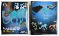 Scheletro fosforescente mammut mammuth collezione Geoworld Ice Age Night