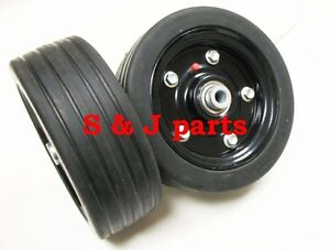 """Caroni Replacement Finish Mower Wheel/Solid Molded Tire 1/2"""" Axle  59008700"""