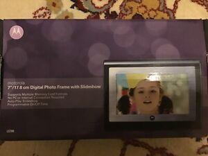 Motorola LS700 digital photo frame. New, unopened packaging.