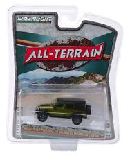 Greenlight Jeep Wrangler Unlimited Mountain Edition 2010 Green All Terrain 1/64
