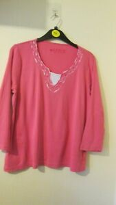 Coral casual top size 18