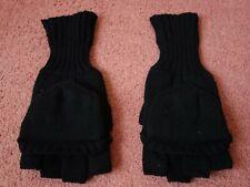 Men's gloves in size M.