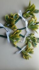 6 FRESH LEAF/PEARL  BUTTONHOLES COUNTRY.WOOD.WEDDING,.PARTY,GUEST GROOM.OCC..