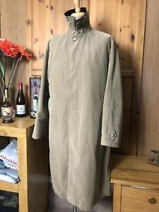 """681 GANT The Duster Coat size large with lining 44"""""""
