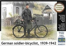 1/35 Master box 35171 - German WWII Soldier with Bicycle  Model kit w/ PE Parts