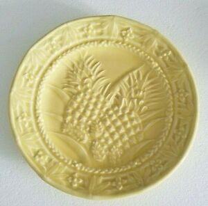 """Bordallo Pinheiro Pineapple Plate Yellow 8"""" Made in Portugal Jay Willfred  grcab"""