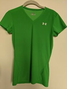 Under Armour Short Sleeve Athletic Shirt in Bright Green, Girls L (Women's XS)