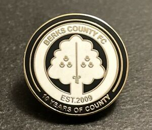 Berks County FC Non-League football pin badge