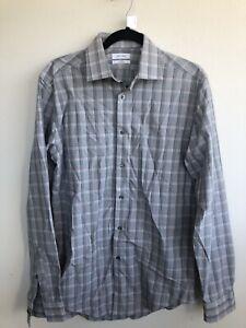 1416) Calvin Klein Mens Size 15 32/33 Slim Fit Stretch Wrinkle Free Dress Shirt