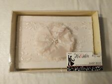 Nib Studio His & Hers Ehite W/ Ivory Flower Guest Book