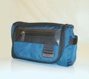 TUMI 'Broadview' Mercer / Travel Shaving Bag / Toiletry Kit ~ 119276 / 69397