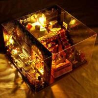 DIY Christmas House Assemble Miniature Dollhouse LED Xmas Kit Furniture Gif M1O4