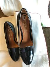 Ann Marino by bettye muller black patent leather pumps in a 3.5 inch heel size 7