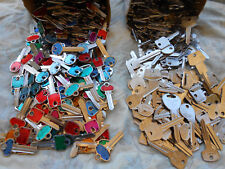200 (100+100) Key BLANKS  5 pounds HOUSE,CARS, PADLOCK,etc.  ART,CRAFT..
