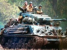 Sherman Tank 1943 WW2 US Army  Fury 1:24 Diecast Metal