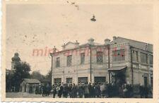 Foto, 50.Inf.Div., Perejaslaw, Bevölkerung br. Lebensm. für Gefangene; 5026-147