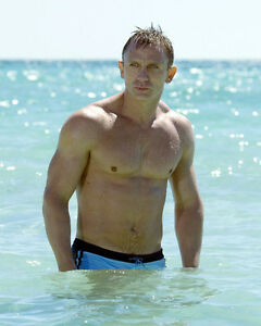Daniel Craig Movie Photo [S273699] Size Choice