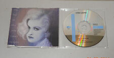 Single CD Cyndi Lauper Who let in the Rain 1993 3 Tracks Cold, I like Used  C 29