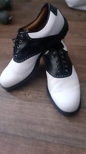 FootJoy Icon Spikeless White/Black Golf Shoes UK 8m *Mint Condition*