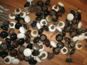 DOOR KNOB STUFF...      OLD KNOBS IN BACK WHITE  BLACK ONES 1 BOX ONLY