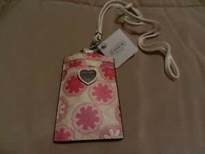 COACH NEW WITH TAG MOST POPULAR HARD-TO-FIND LANYARD BADGE PASS ID CASE - F67809